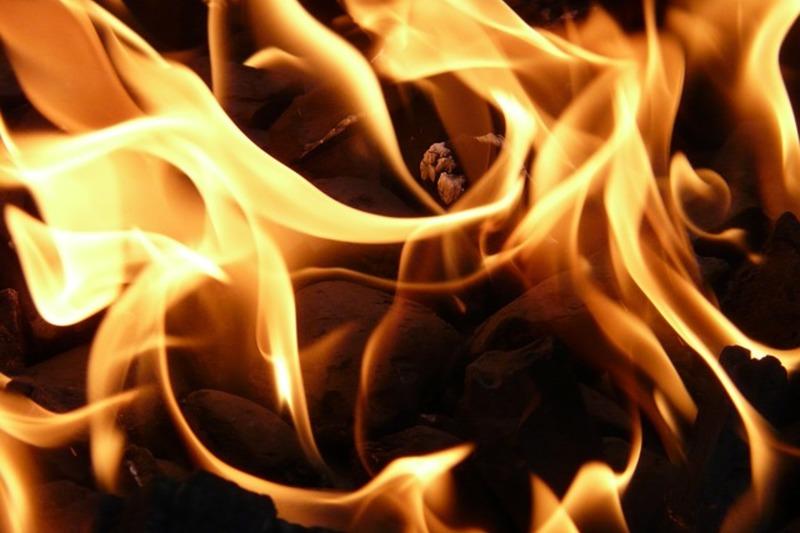 Blog fire 8837 640